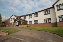 1 bedroom Flat in Down Hall Road