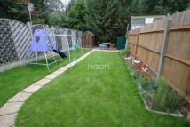 Flat for sale in Firstway, Raynes Park...