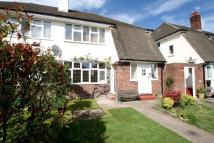 2 bed Flat for sale in Barnes End, New Malden...