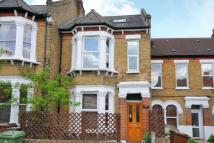 3 bedroom End of Terrace home in Ivanhoe Road...