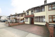 5 bed End of Terrace property for sale in Romford, RM7