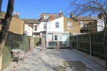 4 bed Terraced house in Lower Boston Road, W7