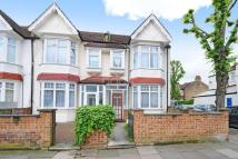 3 bed End of Terrace house for sale in Northcroft Road, W13