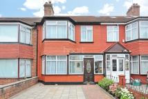 4 bed Terraced home in Brentmead Gardens, NW10
