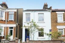 4 bedroom semi detached home in Wells House Road