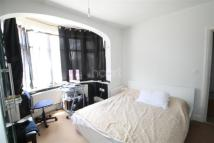 3 bed Flat to rent in Brentmead Gardens, NW10