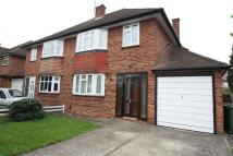 3 bedroom semi detached house to rent in Eastcote Road