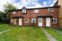 2 bedroom Detached house to rent in Northolt