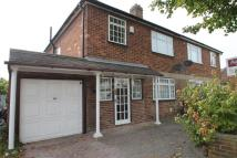 3 bed semi detached house to rent in South Ruislip