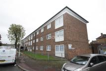 2 bedroom Flat in Eastbourne Road