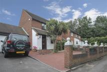 4 bed Detached property in Dove Approach