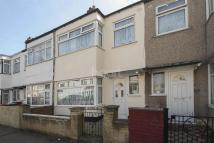 3 bedroom Terraced property for sale in Lawrence Avenue