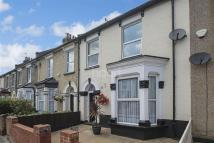 3 bed Terraced property in Carlyle Road