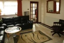 5 bed semi detached property for sale in Welland Close