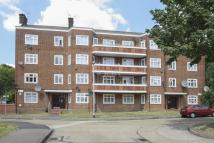 1 bedroom Flat in BRADWELL CLOSE...