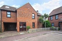 6 bed Detached home in Avon Way