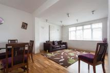2 bed Flat for sale in Court Road, SE9