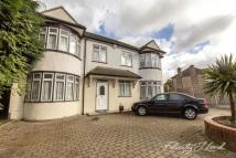 6 bedroom Detached home for sale in Marvels Lane, London