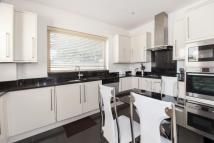 5 bedroom Detached house for sale in Woodville Close SE3