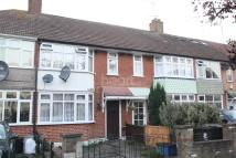 Terraced property to rent in Woodford Green
