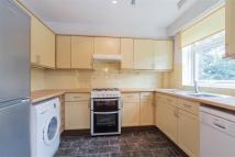 2 bed Detached home to rent in Courtlands Avenue, SE12