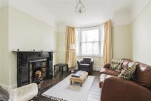 4 bed Detached property to rent in Lakedale Road, SE18