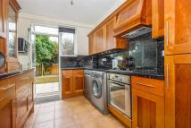 4 bedroom Detached home to rent in Manor Lane, SE12.