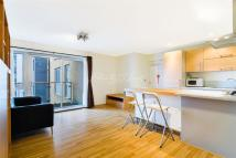 2 bedroom Flat to rent in Maha Building, E3