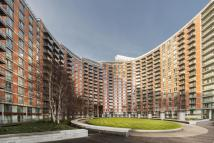 2 bed Flat in New Providence Wharf, E14