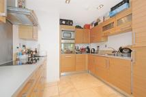 2 bedroom Detached home to rent in City Tower, E14