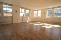 Goswell Road Flat to rent