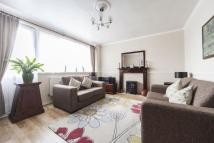 Maisonette for sale in Fellows Court, E2