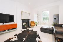 Flat for sale in Amhurst Road, E8