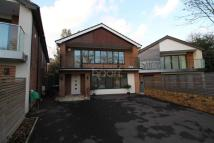 4 bedroom Detached house in Woodland Way, London, N21