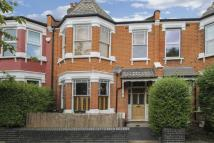 1 bedroom Flat in Cornwall Avenue