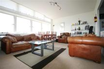 3 bedroom Flat to rent in Metro Central Heights...