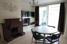 3 bedroom Detached house in Winchmore Hill Road, N21