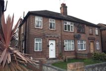 2 bed Maisonette in Botwell Lane