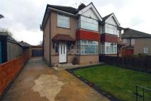 4 bedroom semi detached house in Hayes Town