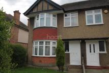 3 bed End of Terrace house in Merton Avenue, Hillingdon