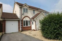 3 bed semi detached property for sale in Pheasant Close