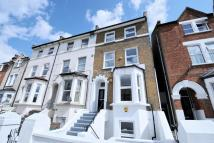 Flat for sale in Ellison Road...