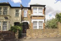 3 bedroom End of Terrace home in Dyers Hall Road