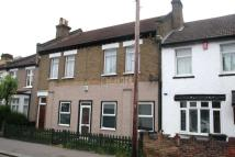 3 bed Maisonette in Bridport Road...