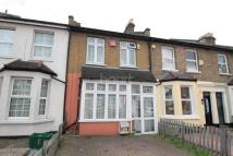 3 bedroom Terraced property in Burlington Road...
