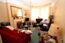 Flat for sale in Holmesdale Road...