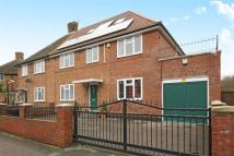 7 bed semi detached house in Borehamwood