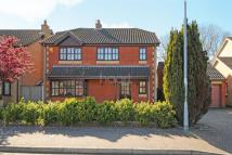 Detached house in Julian Way, Hopton