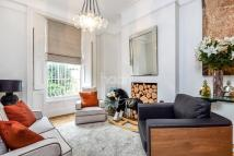 3 bed semi detached property in Coldharbour Lane...