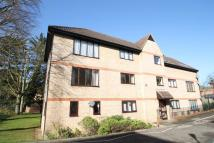 2 bedroom Flat in Out Risbygate